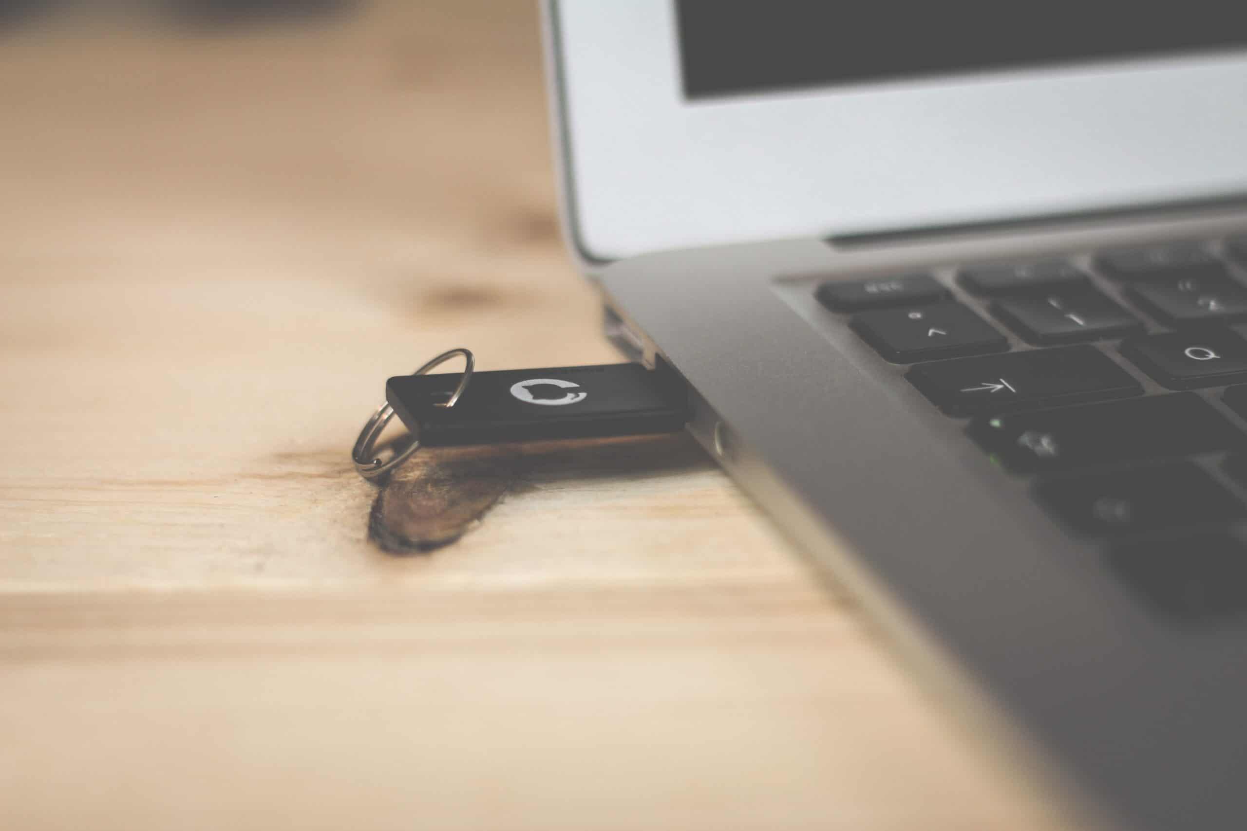 Cách tạo USB boot Windows 10 trên Mac