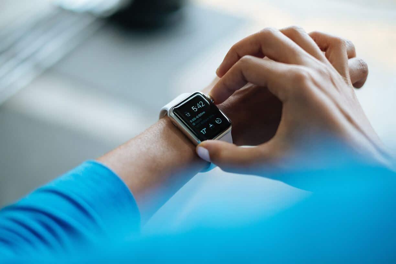 Cách mở khóa Mac với Apple Watch